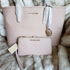 NWT Michael Kors Tote with Matching Wallet